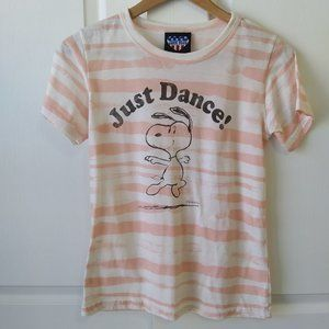 """Junk Food """"Just Dance"""" Snoopy Tee Size XL"""